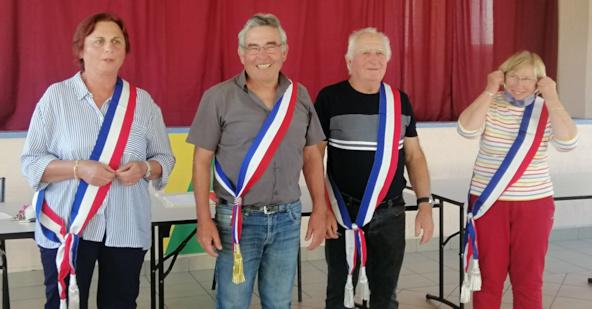 Jean Louis Breton, maire de Valeyrac et ses adjoints